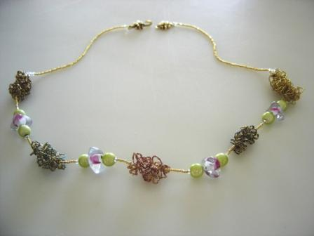 FIFIANY TWO Glass and Wiber Bead Necklace